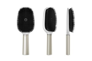 hairbrush_key_visual_2-3