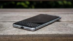 blackberry_keyone_3_of_9